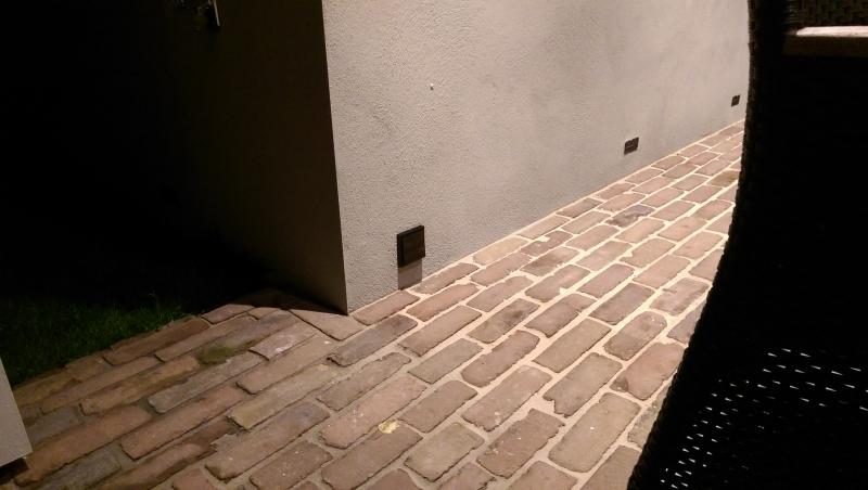 Overkapping tussen woonhuis en garage